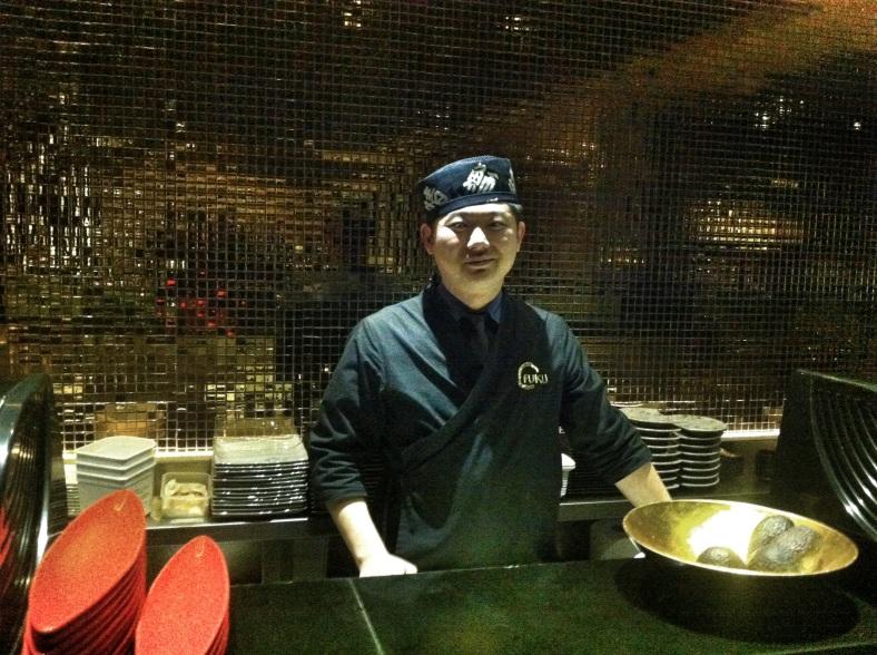 El sushi man es una pieza clave en un restaurante japonés