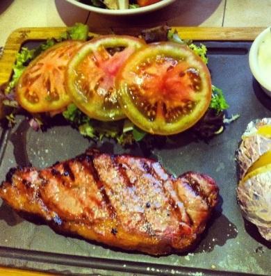 New York Steak con patata asada