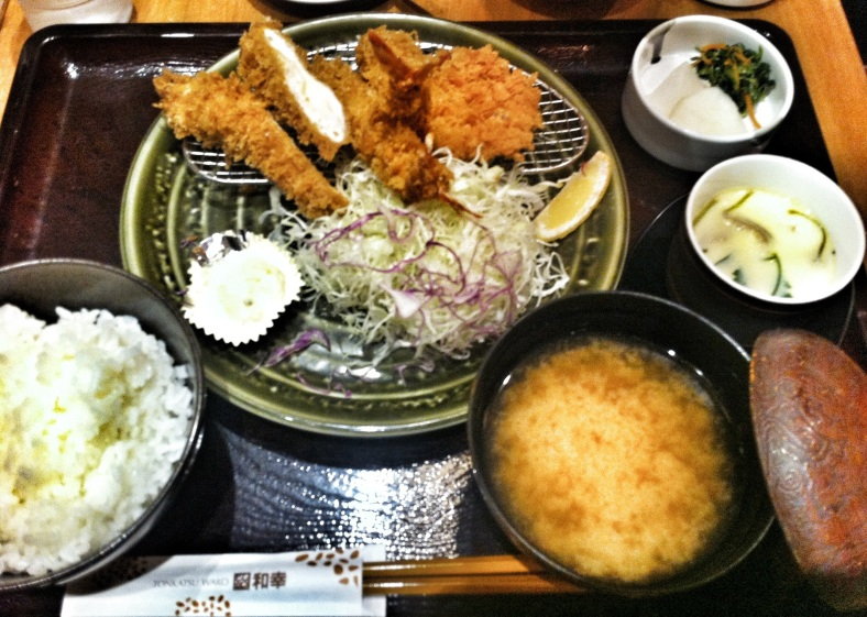 Tonkatsu variado de gambas y cerdo