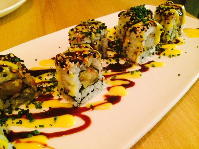 Maki de langostino en tempura