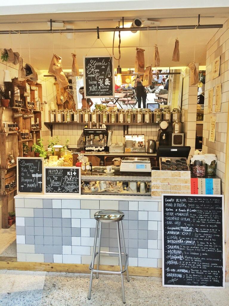 Puesto de Dragonfly, venta de café y tés ecológicos