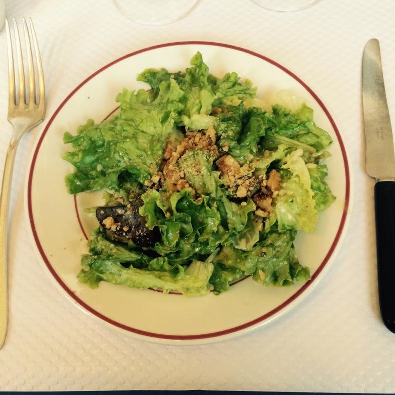 Ensalada verde con aliño de nueces y mostaza
