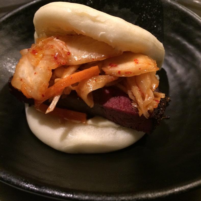 Fuera de carta: Bao de pastrami y kimchi