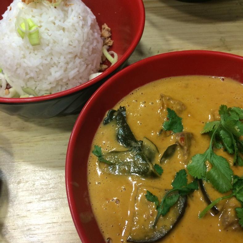 Gaeng Phet: curry rojo de ternera