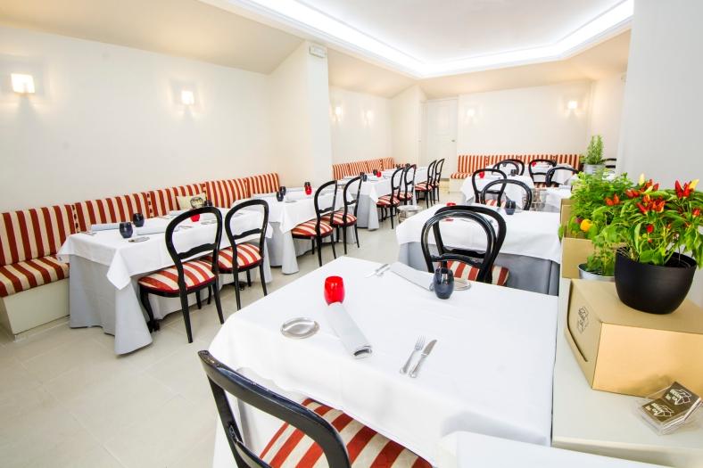 Restaurante Desencaja by Iván Sáez