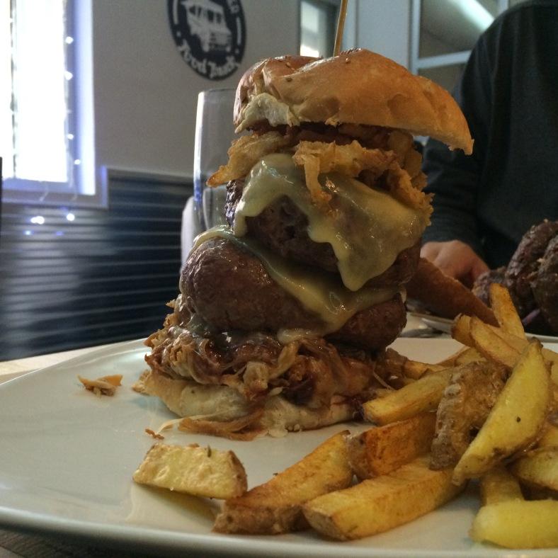 Burger Mixta con extra de carne