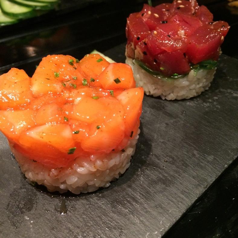 Tartar de salmón y de spicy tuna