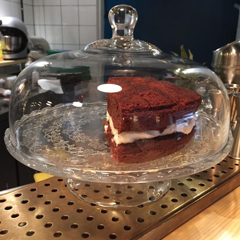 Tartas caseras que varian cada día, según se encuentre el pastelero