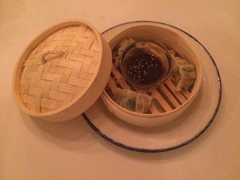 Media ración de dumplings de langostinos