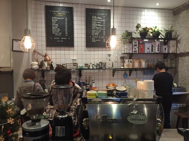 Estética nórdica y café rico, ¿qué más se puede pedir?