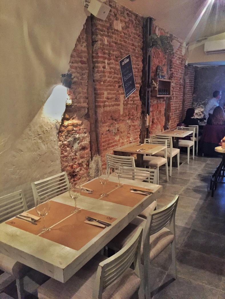 ¡¡¡Cómo me gusta el ladrillo visto en un restaurante!!!