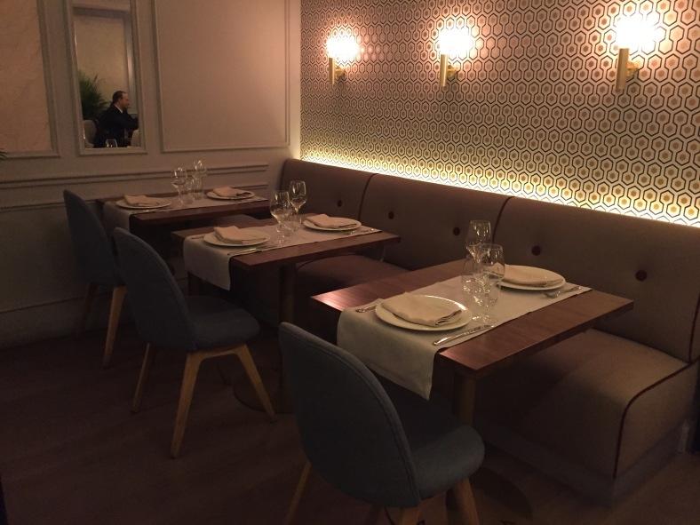 Rincones con luz algo más baja para poder cenar con tu pareja