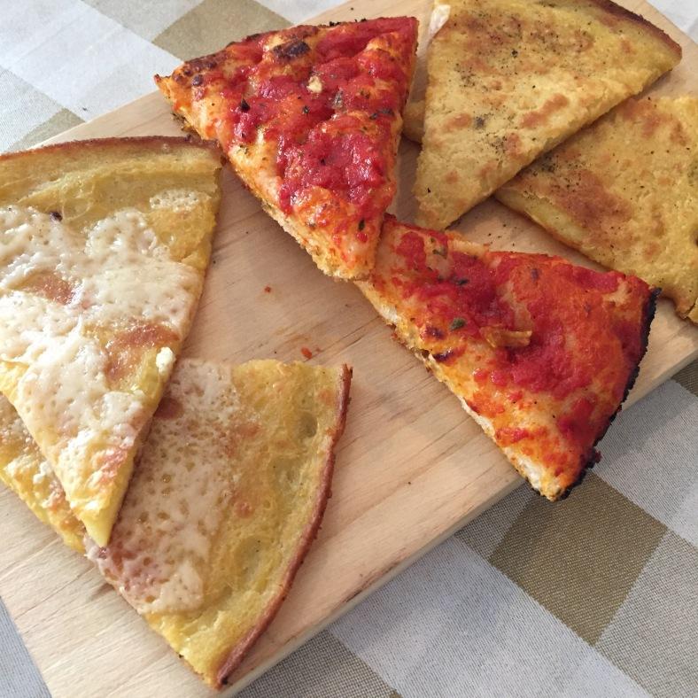Torta de ceci: normal y con parmesano