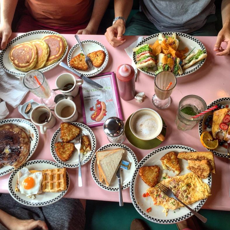 Tortitas, sandwiches, gofres y mucho más encontraréis en la carta de Mandy´s Diner