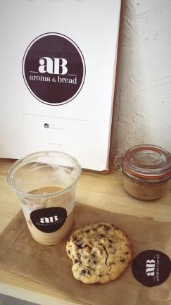 Merienda de campeones: Iced Latte y cookie casera de chocolate